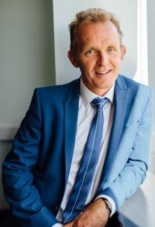 Photo of GP Dr Neil Smith