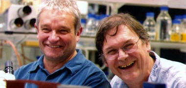 Sirs Paul Nurse and Tim Hunt smiling