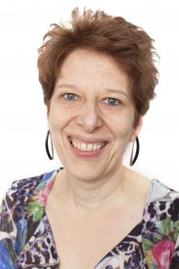 Dr Caroline Hill