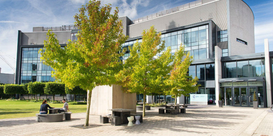 CRUK Cambridge Institute (Photo by Joe Dunckley)