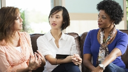 Women chat about cancer prevention