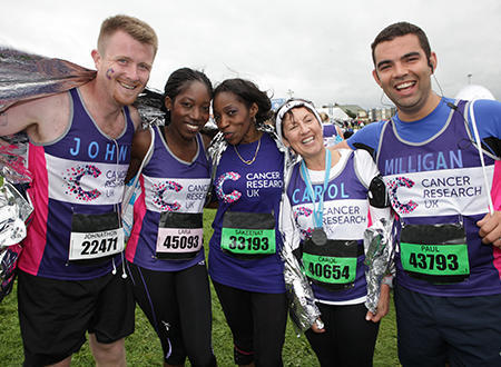 A group of CRUK runners