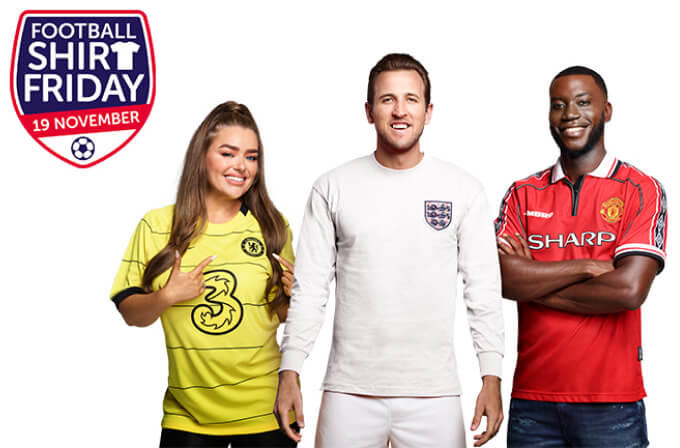 Amy Christophers, Harry Kane and Harry Pinero smiling wearing football shirts