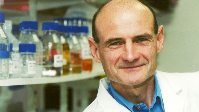 Chris Marshall in his lab (c) The Institute of Cancer Research