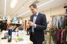 Tennis aces Greg Rusedski and Ross Hutchins serve up a treasure hunt in Cancer Research UK shops